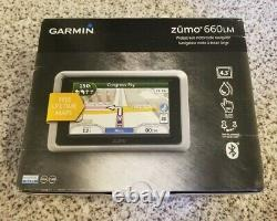 Garmin ZUMO 660LM Motorcycle GPS (660 LM Lifetime Map Road Tech Harley & others)