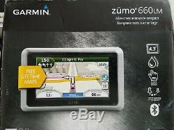 Garmin Zumo 660LM Motorcycle GPS Widescreen with Accessories Lifetime Maps