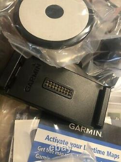 Garmin Zumo 660LM Motorcycle GPS With Accessories Lifetime Maps